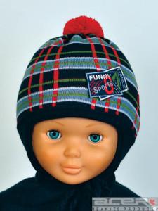 Winter Mütze mit Stickerei