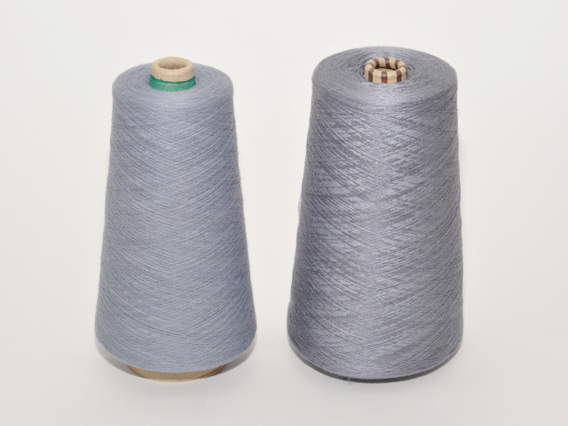 Bamboo and cotton yarns for blankets
